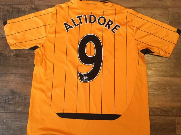 2009 2010 Hull City Altidore Home Football Shirt Adults Large